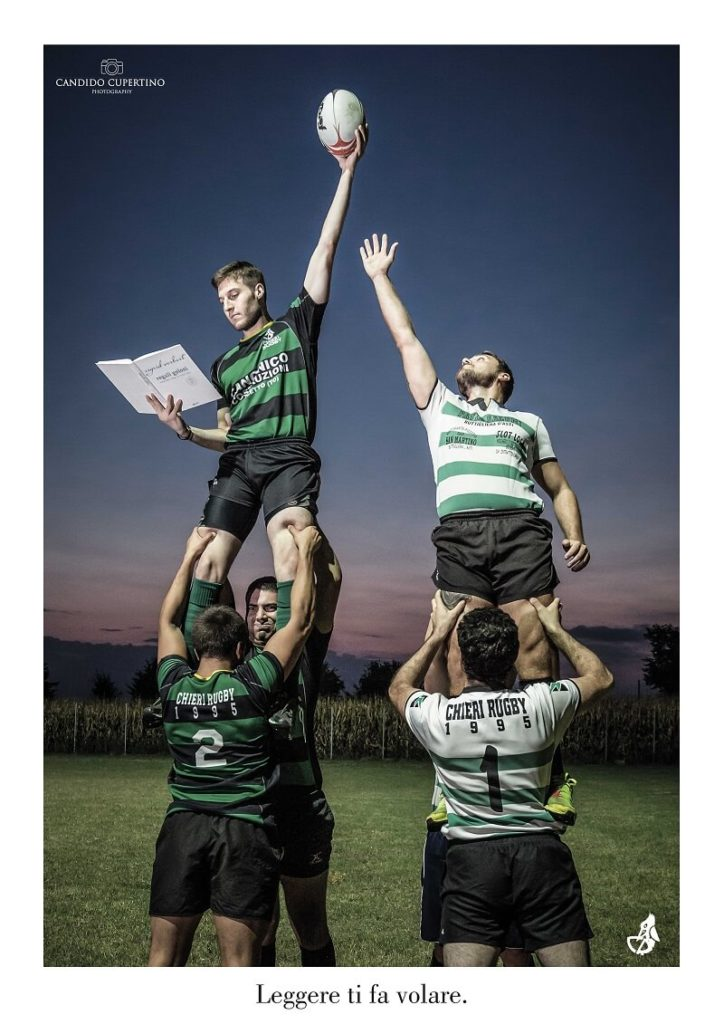 Il rugby entra in biblioteca
